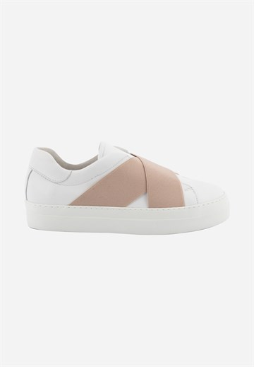 Badia - white slip on sneakers fra Blue on Blue - Hørlyck  Aarhus