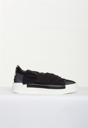 VIC MATIÉ - 1U7135D - BLACK SNEAKERS